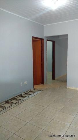 Urgente Linda Casa de 3 Quartos Escriturada + Barraco de Fundo - Foto 2