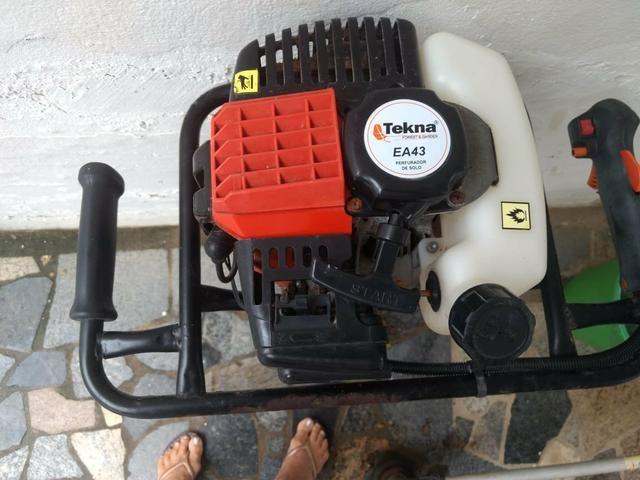 Perfurador de Solo Tekna EA43 à gasolina - Foto 2