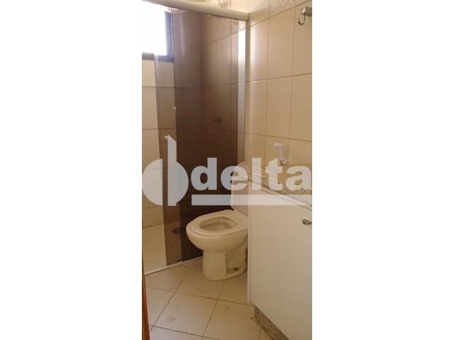 Apartamento para alugar com 3 dormitórios em Saraiva, Uberlândia cod:605513 - Foto 7