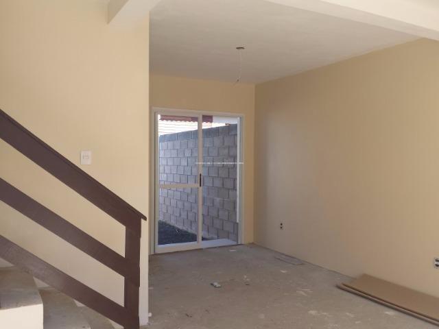 Casa de Condomínio em Nova Santa Rita, com pátio e 2 vagas para carro - Foto 2