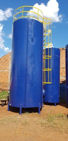 Caixa de água vertical (15.000L)