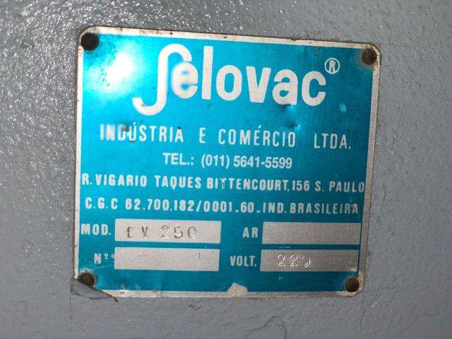 Vendo Maquina Seladora a Vácuo Selovac - Foto 5
