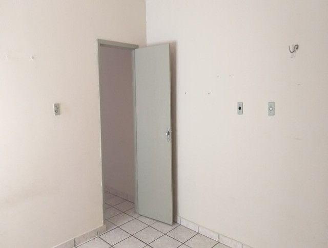 Aluga-se Apartamento de um quarto semi mobile - Foto 7
