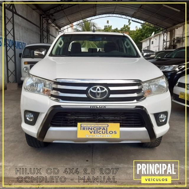 Toyota Hilux Cd 4x4 2.8 2017 Completo - Manual - Foto 2