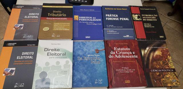 Livro de Direito - Foto 3