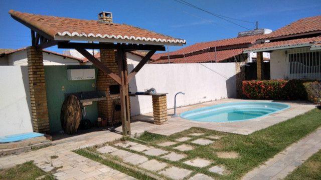 Aluga-se casa no alto com 3/4 com piscina - Foto 5