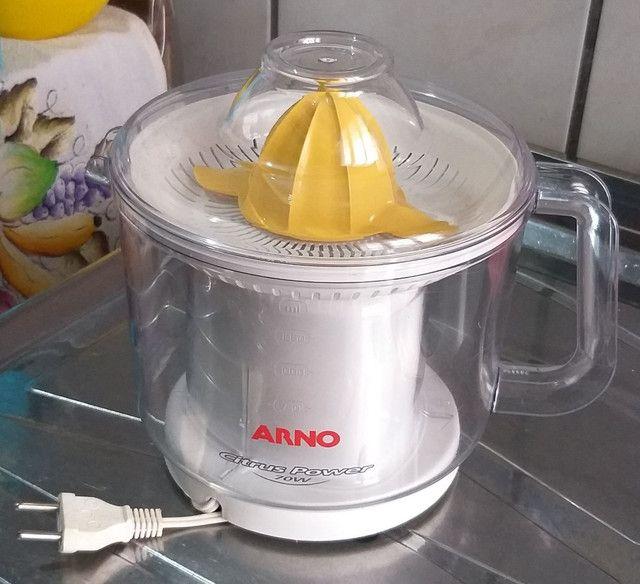 Extrator de suco de laranja