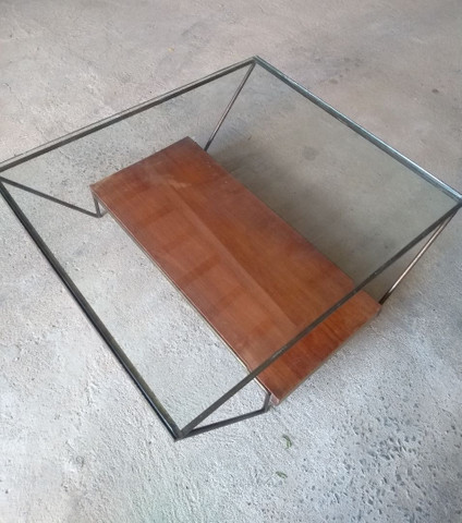 Mesa de centro de vidro semi-nova