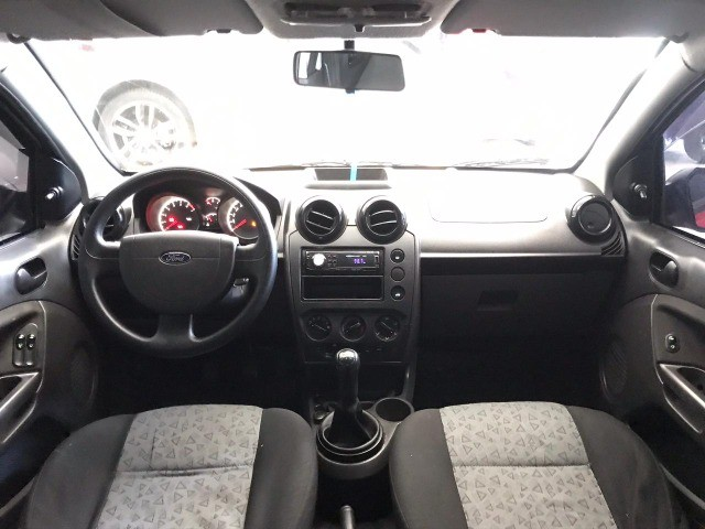 Fiesta Sedan  SE 1-6 Flex Completo - Foto 6