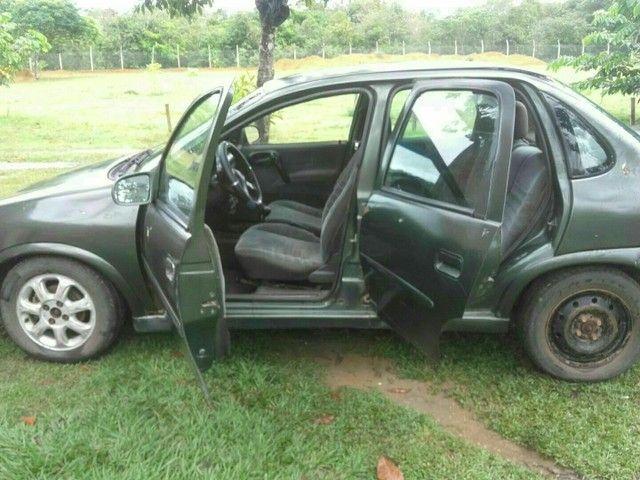 Vendo ou troco carro corsa 16V  - Foto 3