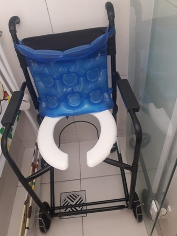 Cadeira de roda  - Foto 3