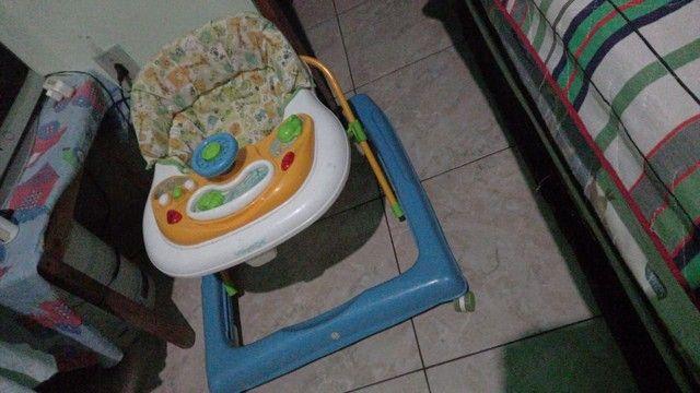Carrinho de bebê e Andador - Foto 2