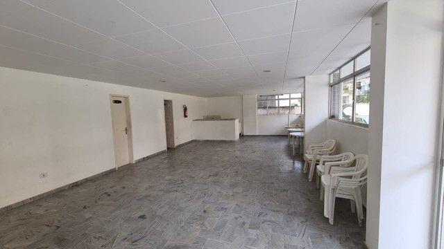 Cobertura para venda possui 254 metros quadrados com 4 quartos em Ponta Verde - Maceió - A - Foto 3