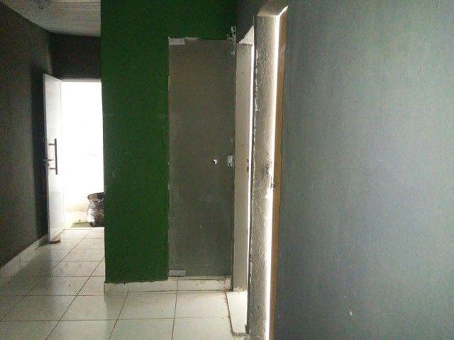 Alugo casa 3 quartos . 600 reais - Foto 5