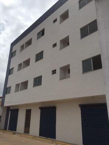 Aluga-se apartamento novo c/ 72m² - Reserva Itapiracó