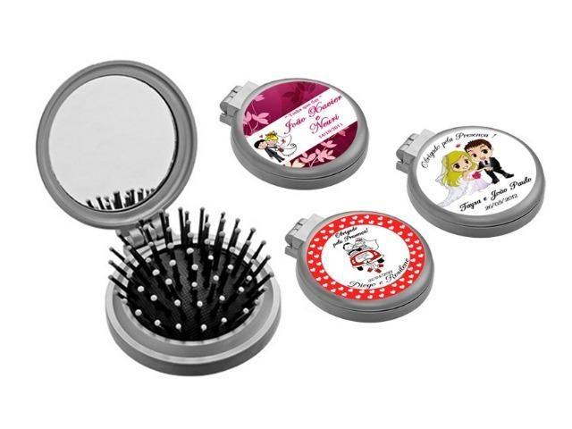 d9bed347c Lembrancinhas de casamento mini escova e espelho de bolsa - Serviços ...