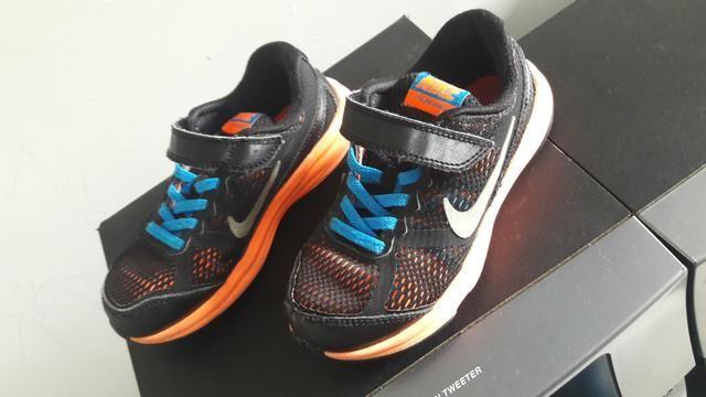 Torro um tênis Nike original semi novo