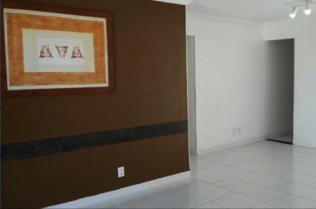 AP0225 - Apartamento com 3 Quartos à Venda em Praia do Futuro II, 150.000,00