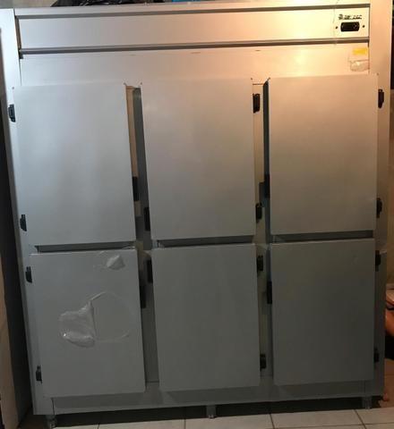 Geladeira / Refrigerador industrial gelopar