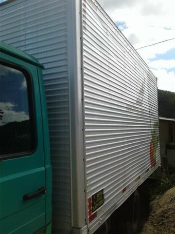 Caminhão bau 608 ano 78 - Foto 4