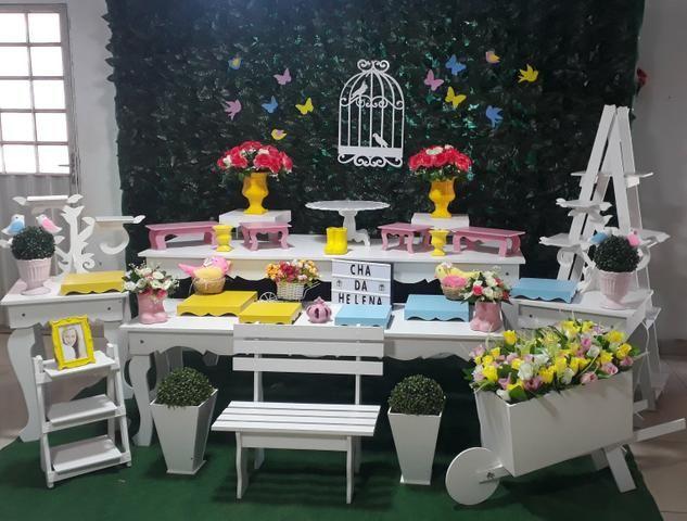 Mesa temática passarinhos/jardim encantado