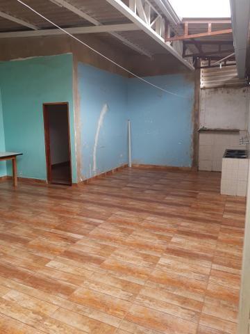 Casa 02 qtos,com área de lazer,e closet - Foto 13