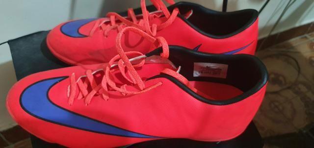 Chuteiras Nike tamanho 40
