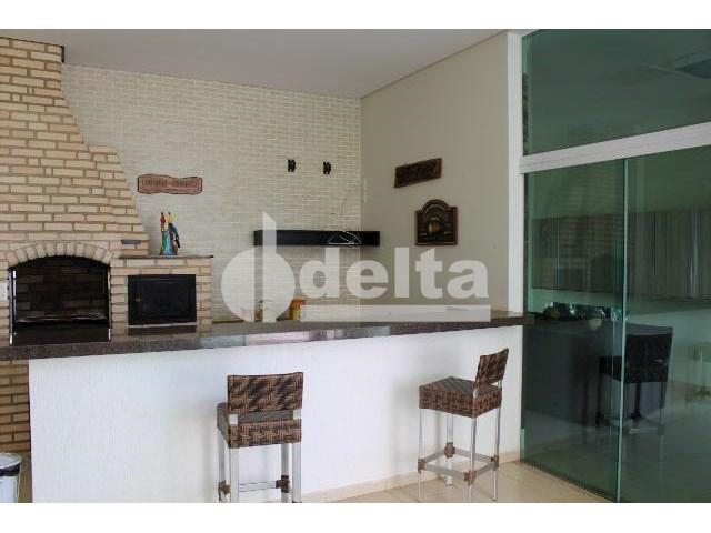 Casa de condomínio para alugar com 4 dormitórios cod:604961