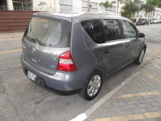 Nissan Livina S 1.8 flex automática 2010 - Foto 6