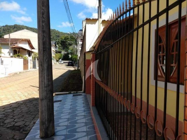 Casa 3 QTS no centro de Domingos Martins - Foto 2