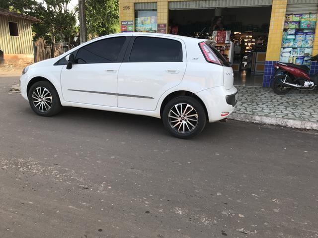Fiat Punto essence Dualogic 1.6 16v 15/16 R$= 38,000 - Foto 17