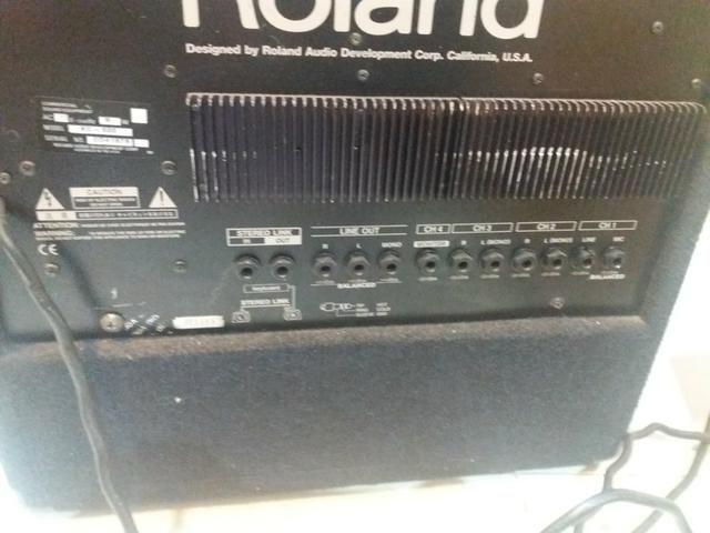 Amplificador Roland Kc 300 - Foto 4