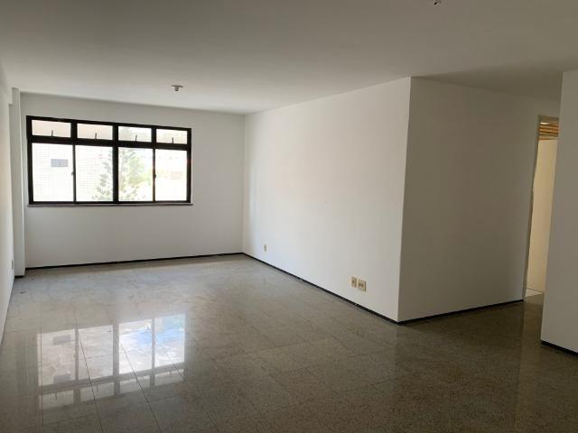 Apartamento no Cocó com 3 quartos + dependência de empregada - Foto 3