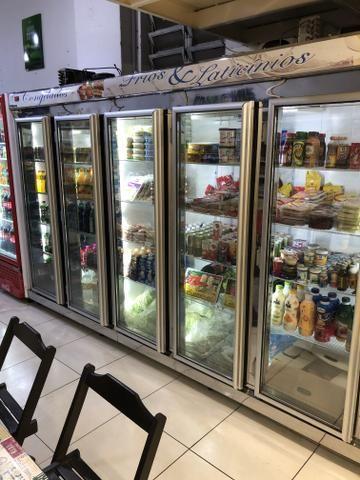 Vendo freezer auto-serviço 5 portas - Foto 2