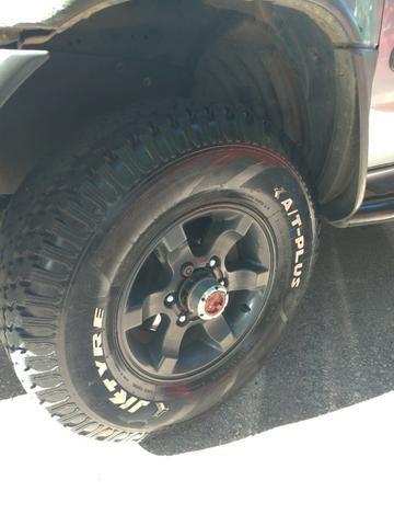 Vendo Nissan Xterra 2.8 SE 05/06 completa! - Foto 7
