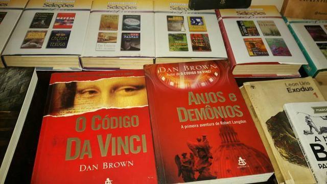 Livros seminovos - Foto 2