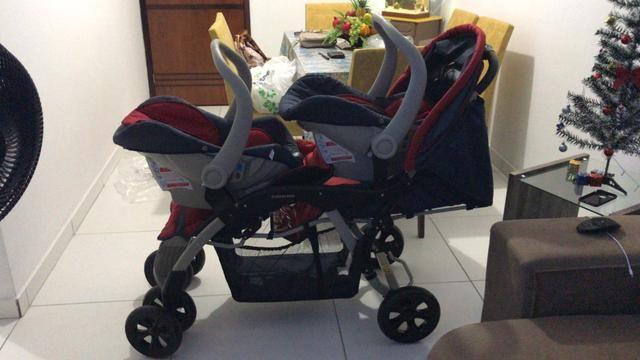 Carrinho de bebê para gêmeos estado de zero - Foto 2