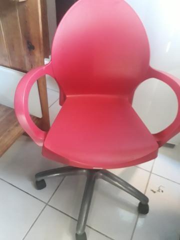 Cadeira pra escritório tramontina grace - Foto 2