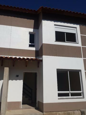 Casa de Condomínio em Nova Santa Rita, com pátio e 2 vagas para carro - Foto 5