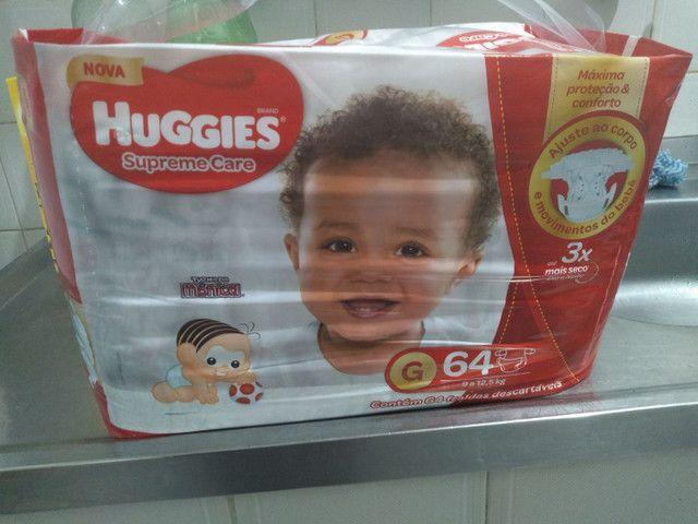 Pacote de 64 fraldas tamanho g Huggies