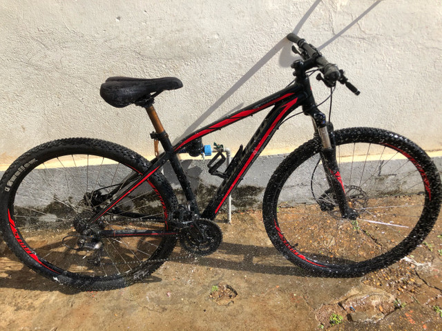 Bicicleta Specialized 27M