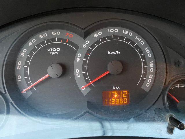 Celta 2011 motor 1.0 completo - direção carro extra dos extras!! - Foto 15