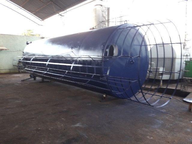 Caixa de água vertical (30.000L)