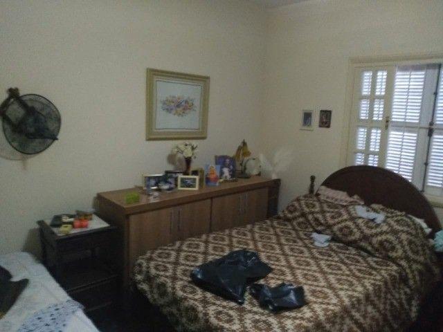 Casa com três dormitórios numa área de 720 m2 em Bairro nobre de São Lourenço-MG. - Foto 6