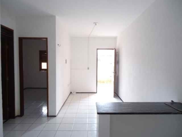 Apartamento com 2 dormitórios para alugar, 55 m² por R$ 509,00/mês - Barra do Ceará - Fort - Foto 4