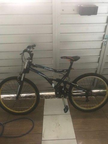 Bicicleta Aro 26 Caloi Andes 21 Marchas e Suspensão