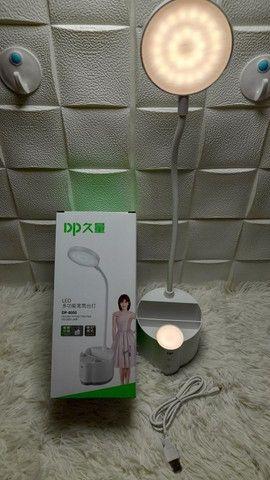 Luminária de mesa com touch, suporte para celular e porta canetas/ Preço Imbatível