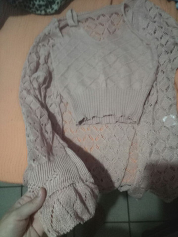 Vendo cardigan com top Cropped de tricô ( novo)