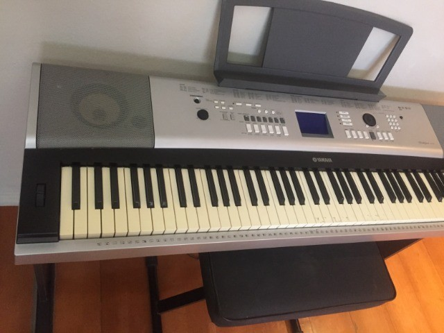 Yamaha Piano Digital DGX-520 - Completo - Foto 2