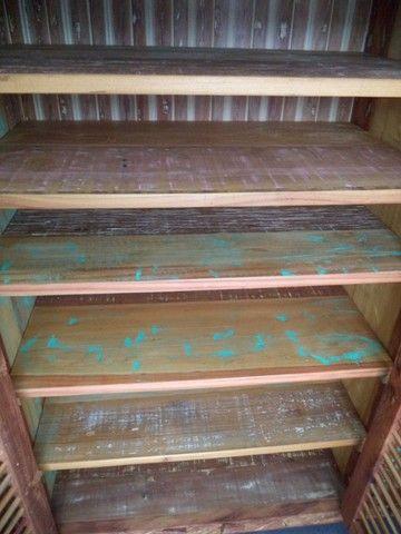 comoda em madeira de demolição portas ventiladas. - Foto 2